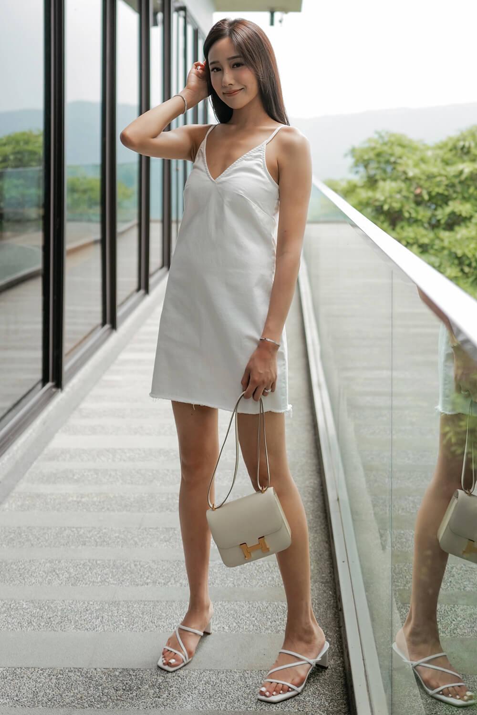 白色牛仔短洋裝