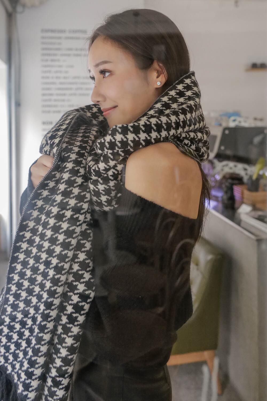 千鳥格鬚邊圍巾