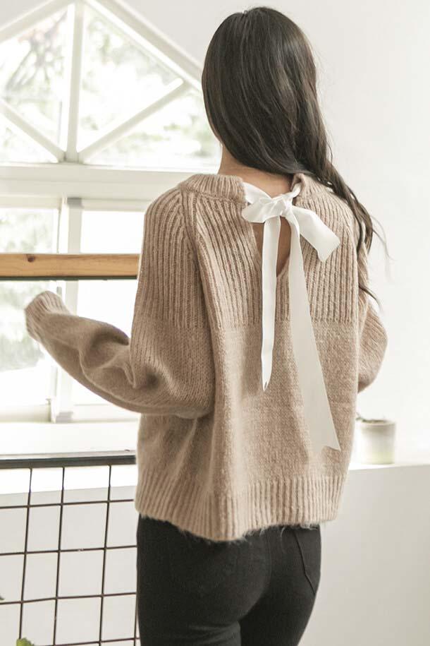 後綁帶設計針織衫