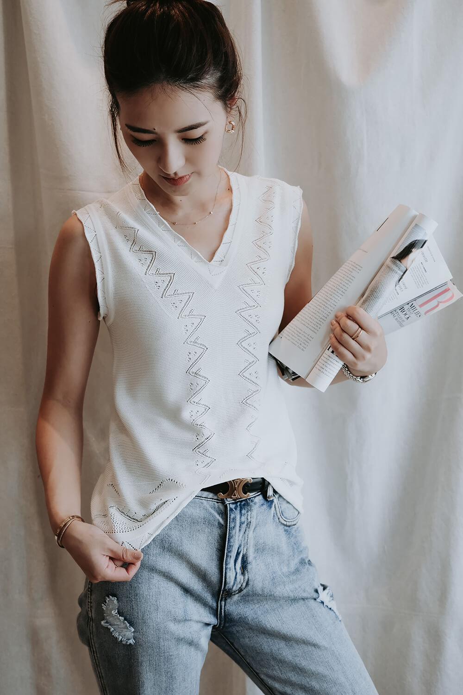 V領鏤空針織背心