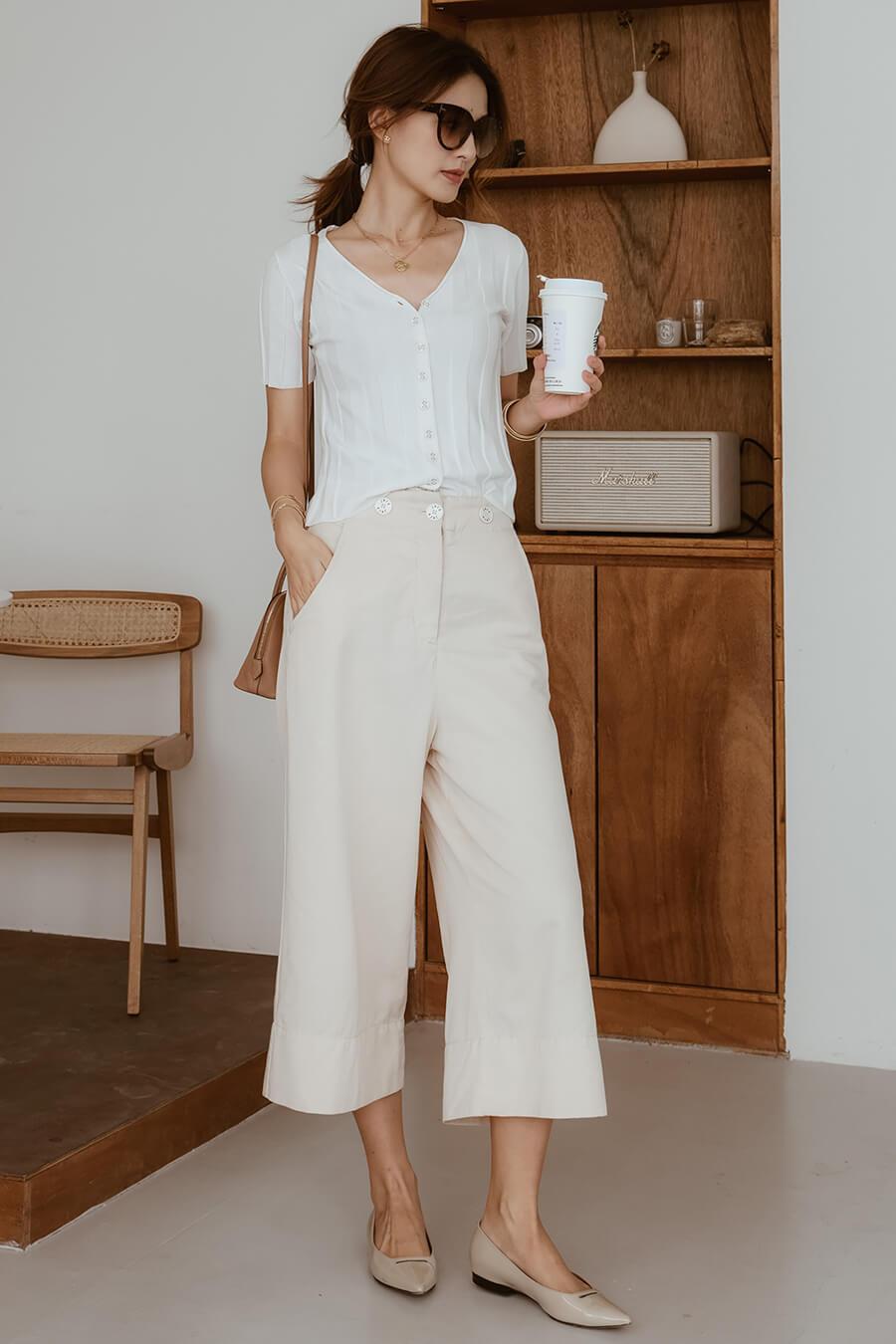品牌排釦寬褲