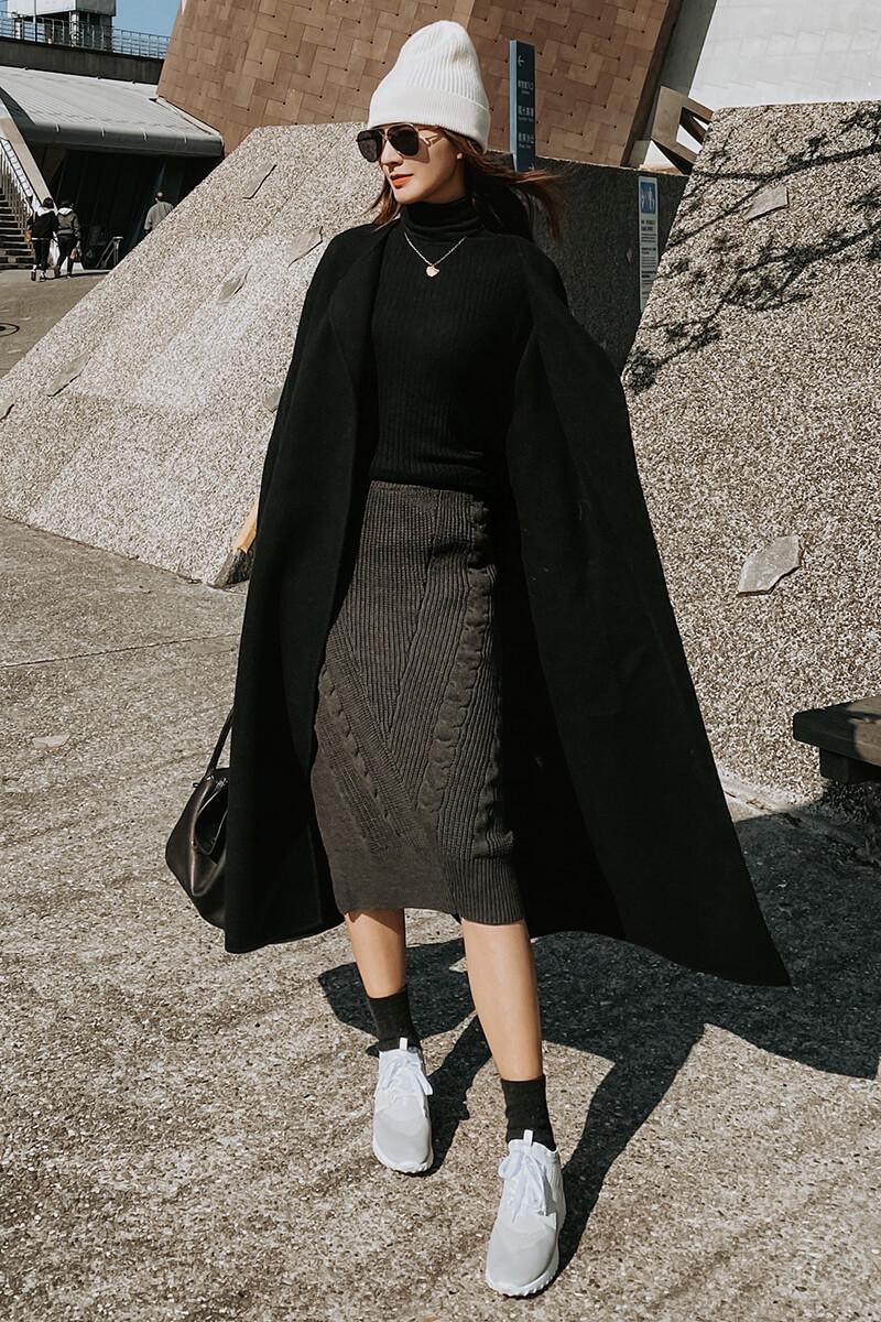 斜衩麻花針織裙