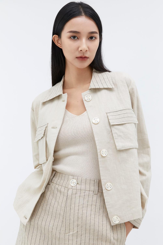 品牌釦條紋拼接外套