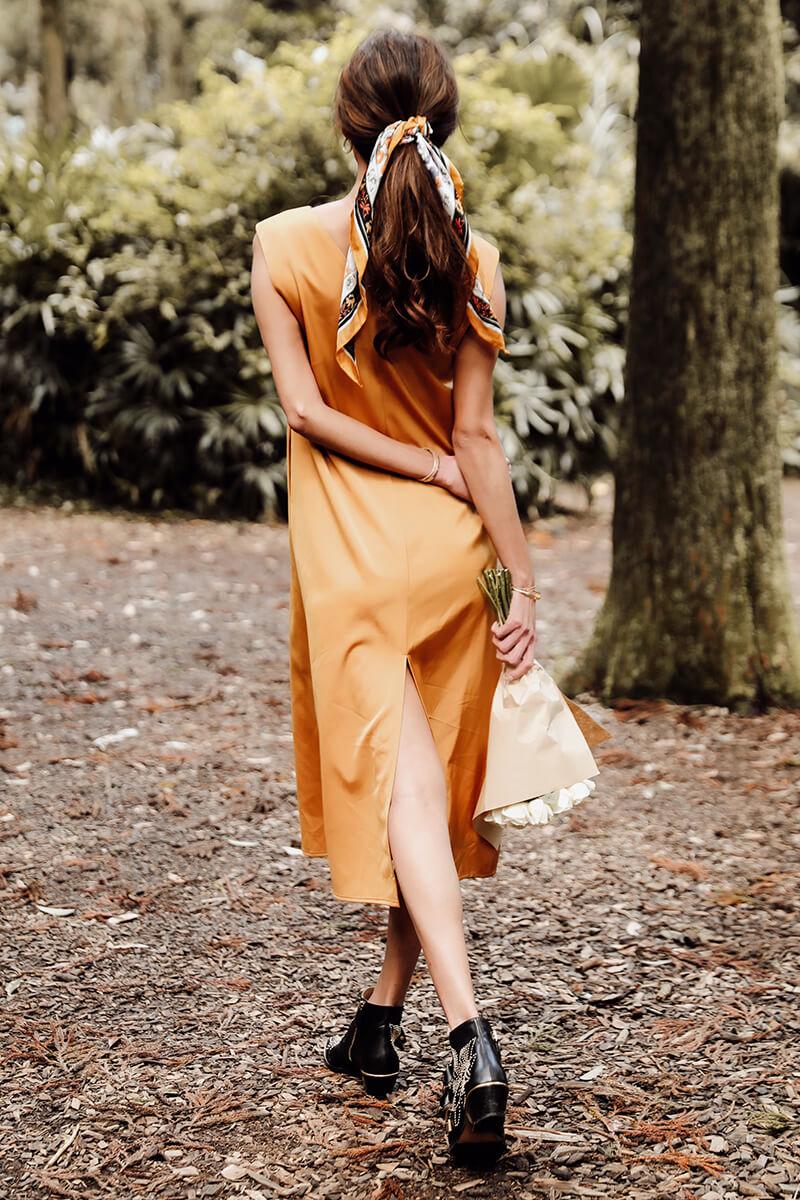 緞面長洋裝