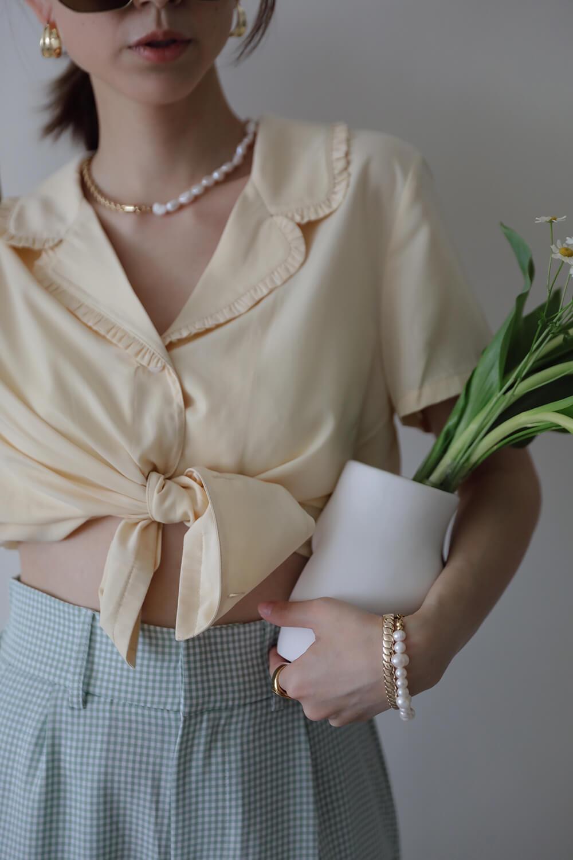 荷葉邊裝飾襯衫